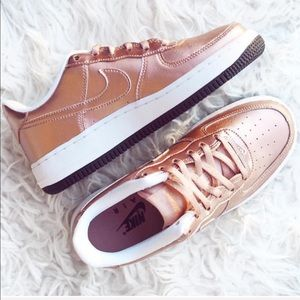 NWT Nike Air Force 1 Rose Gold